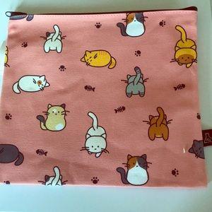 Handbags - NWT cats large makeup bag